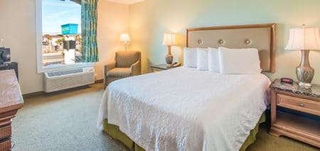 Beachside Resort Queen Inland Room Featured Image | Queen Bedroom Hotel Room